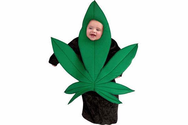 2013-10-11_stiehl-inappropriate-kids-costumes-pot-leaf